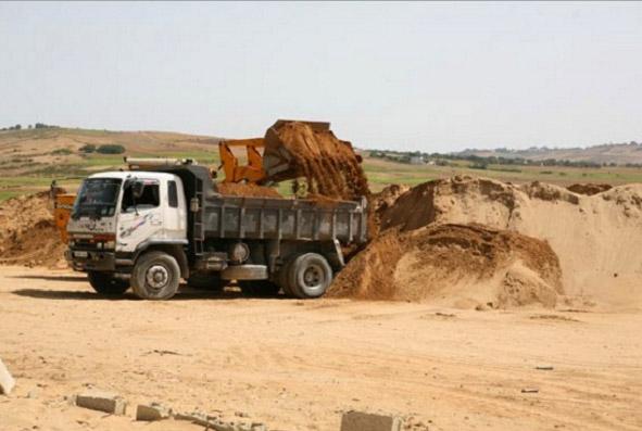 खनिज विभाग ने अवैध रेत भंडारण पर की कार्रवाई