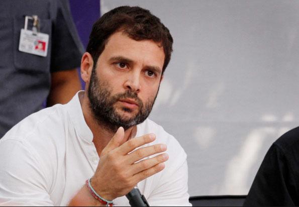 राहुल ने हार्दिक पटेल की कुलदेवी के दर्शन किये