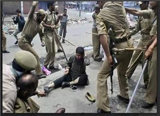 कश्मीर समस्या का राजनैतिक समाधान ढूंढना चाहिए